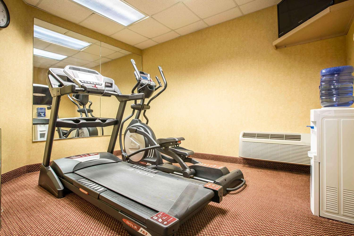 Fitness/ Exercise Room - Comfort Inn Franklin