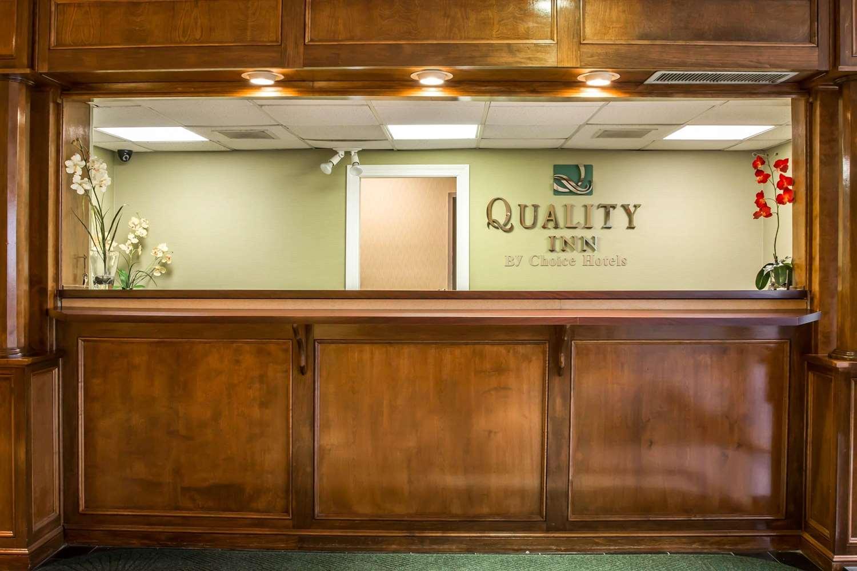 Lobby - Quality Inn Elizabeth City