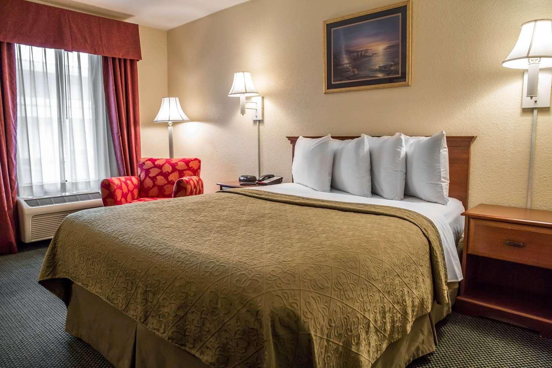 Room - Quality Inn Elizabeth City