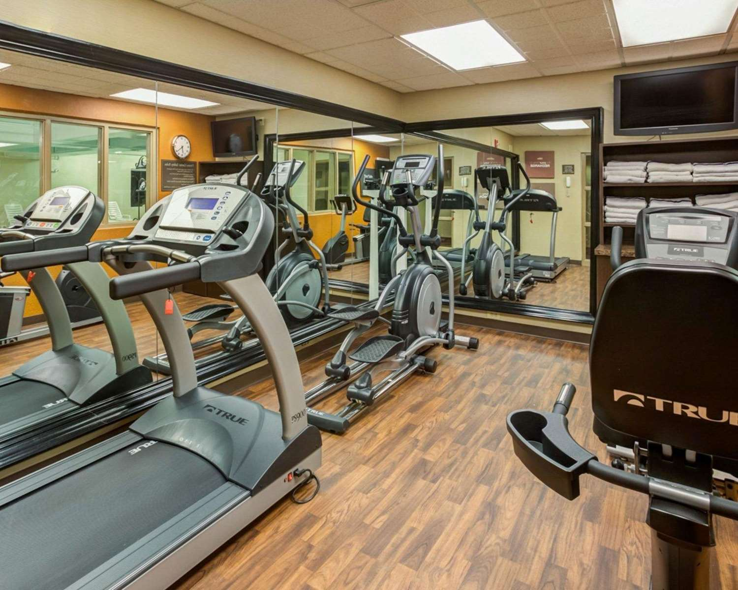 Fitness/ Exercise Room - Comfort Suites Airport Charlotte