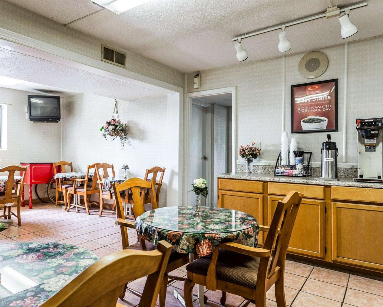 Restaurant - Econo Lodge East Matthews