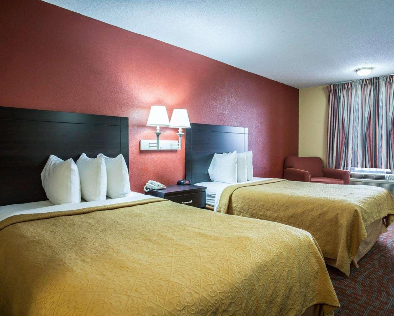 quality inn  u0026 suites monroe  nc