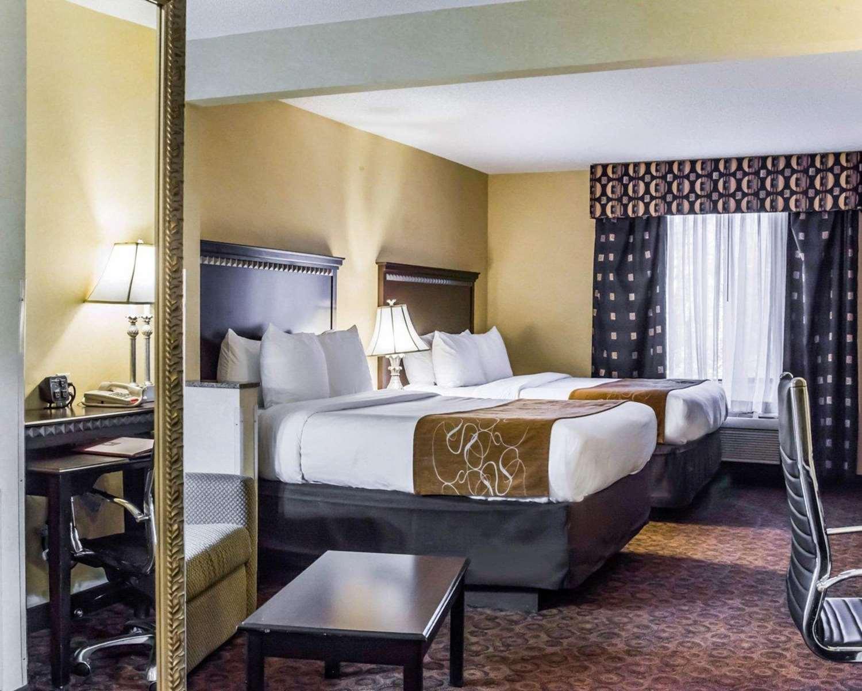 Suite - Comfort Suites Greensboro