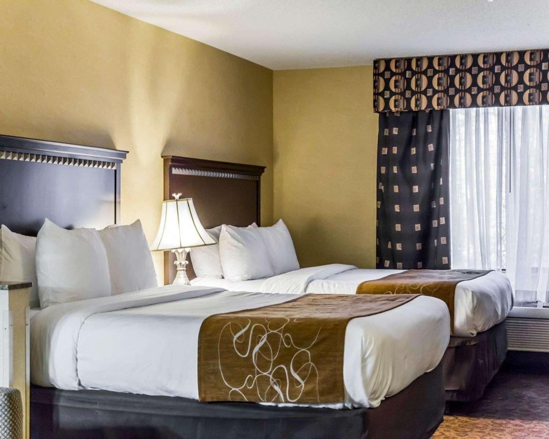 Room - Comfort Suites Greensboro