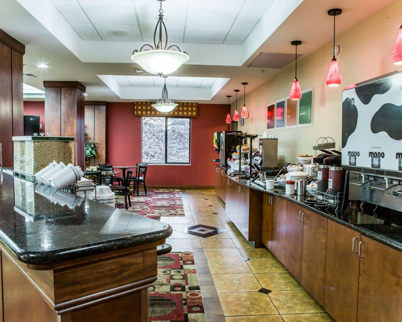 Restaurant - Comfort Suites Greensboro