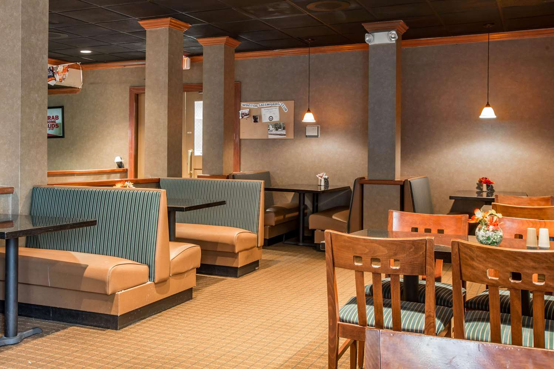 Restaurant - Quality Inn & Suites Winston-Salem