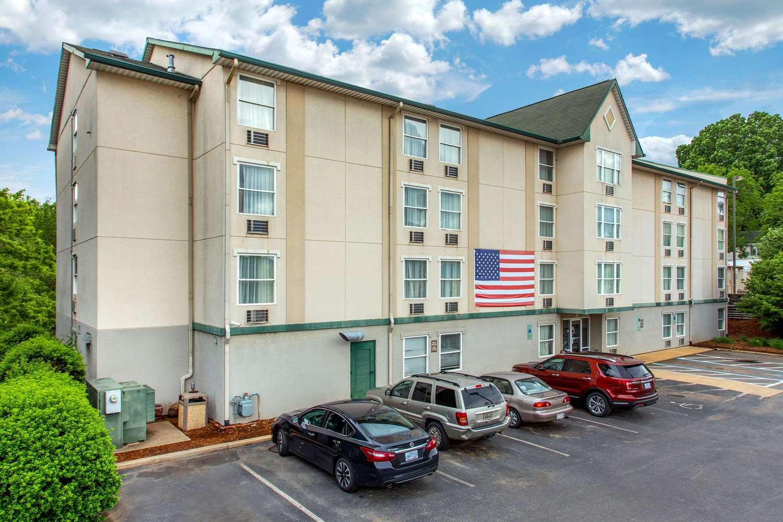 Exterior view - Rodeway Inn & Suites Asheville