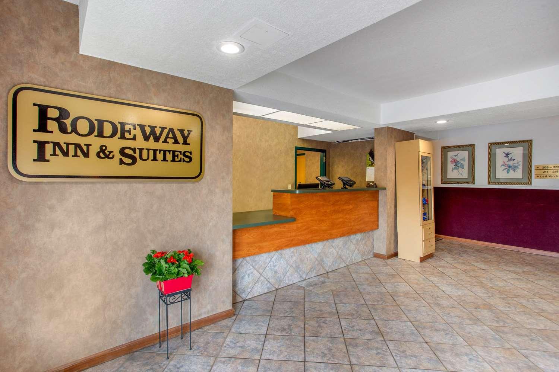 Lobby - Rodeway Inn & Suites Asheville