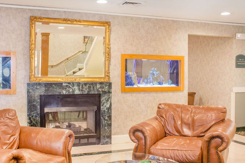 Lobby - Quality Inn Raleigh