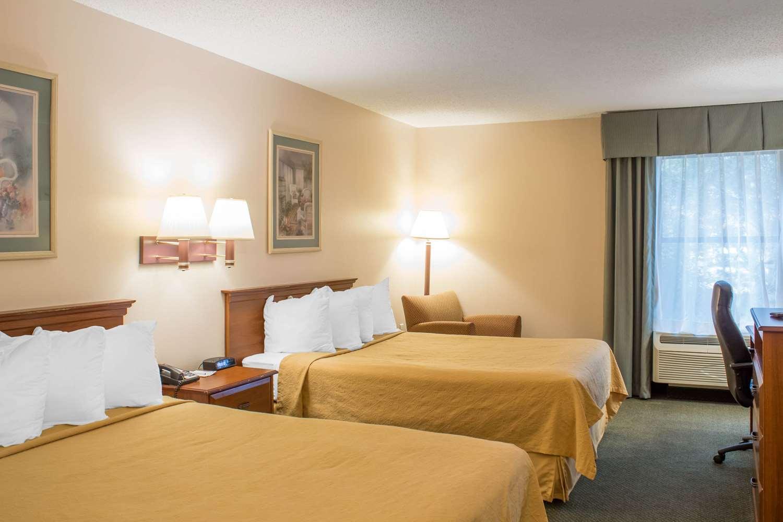 Room - Quality Inn Raleigh