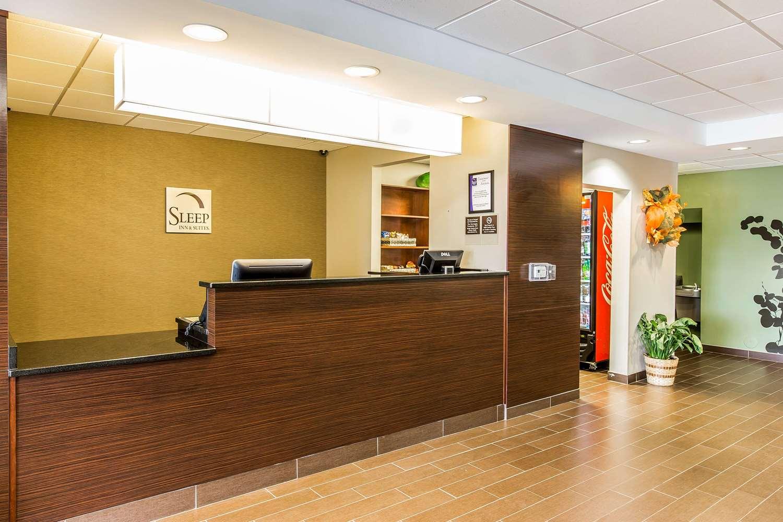 Lobby - Sleep Inn & Suites Mount Olive