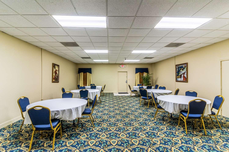 Restaurant - Econo Lodge Whiteville
