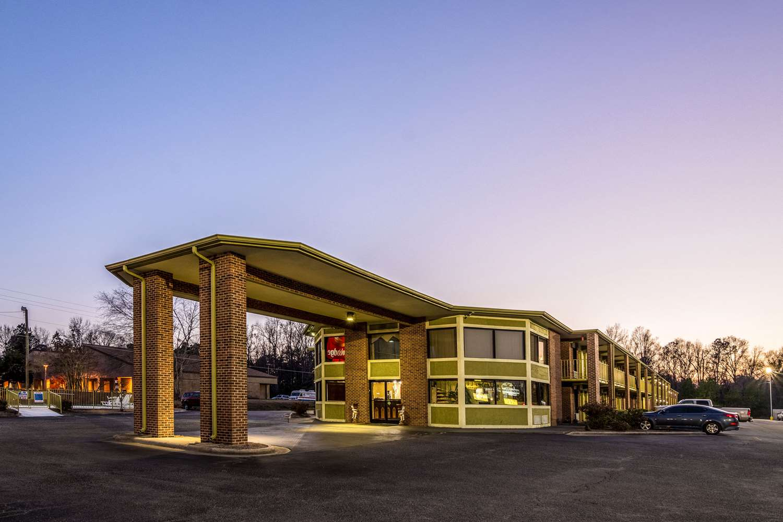 Exterior view - Econo Lodge Whiteville