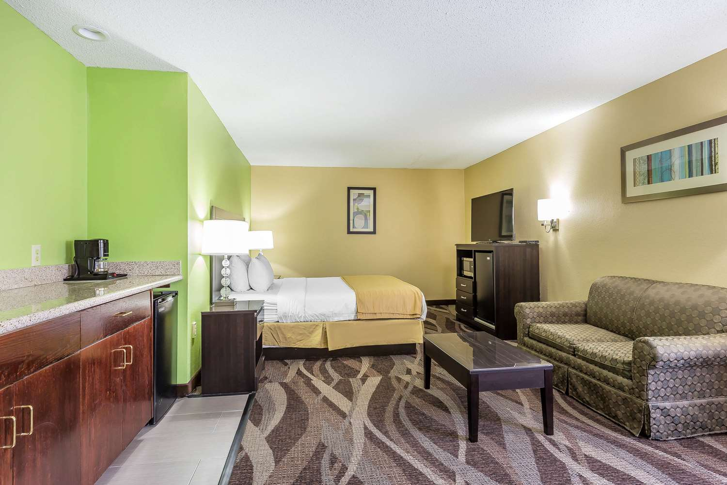 Suite - Quality Inn Warsaw