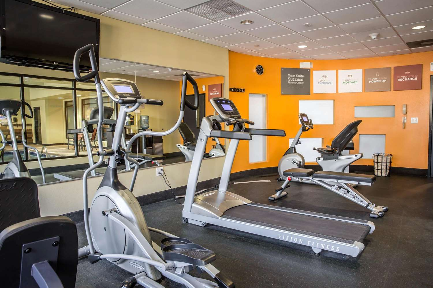Fitness/ Exercise Room - Comfort Suites New Bern