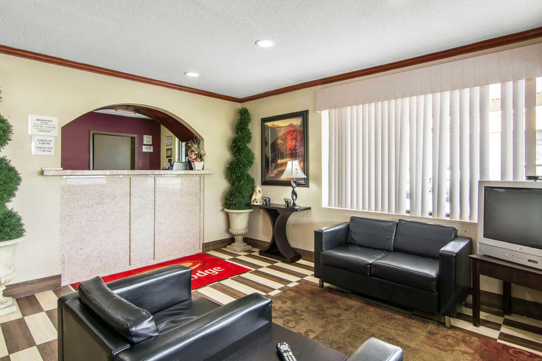 Lobby - Econo Lodge Weldon