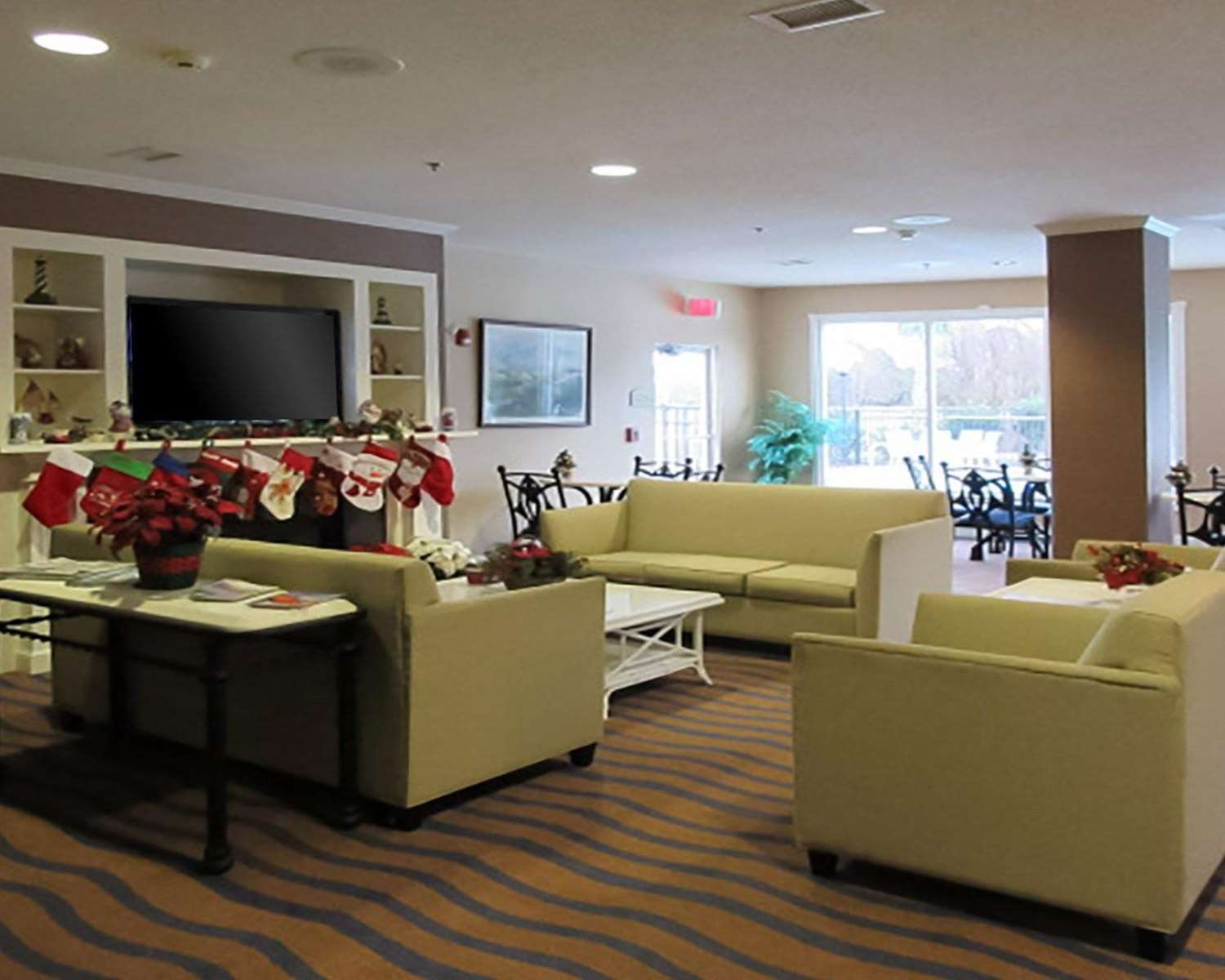 Lobby - Quality Inn & Suites Sneads Ferry