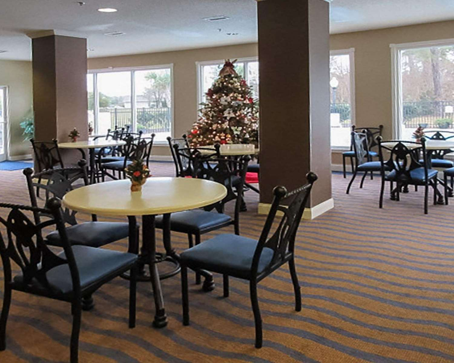 Restaurant - Quality Inn & Suites Sneads Ferry