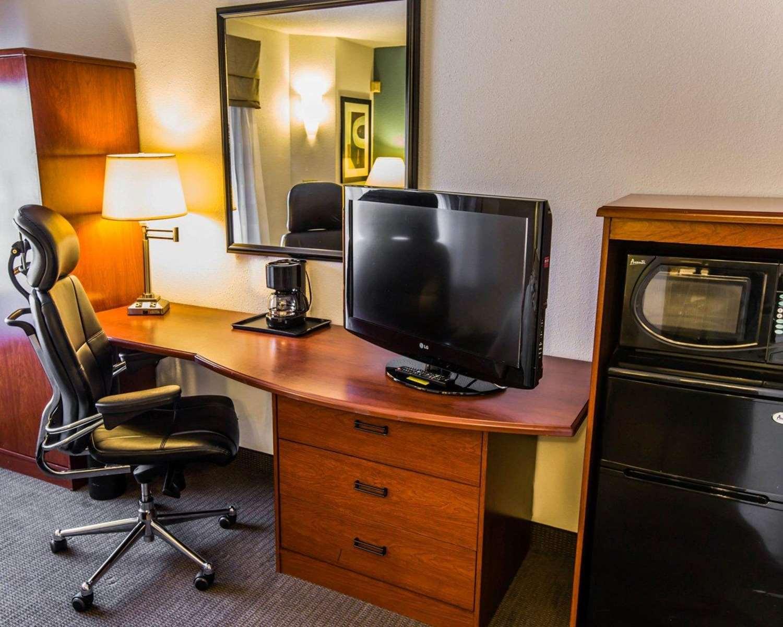 Room - Sleep Inn Wilmington