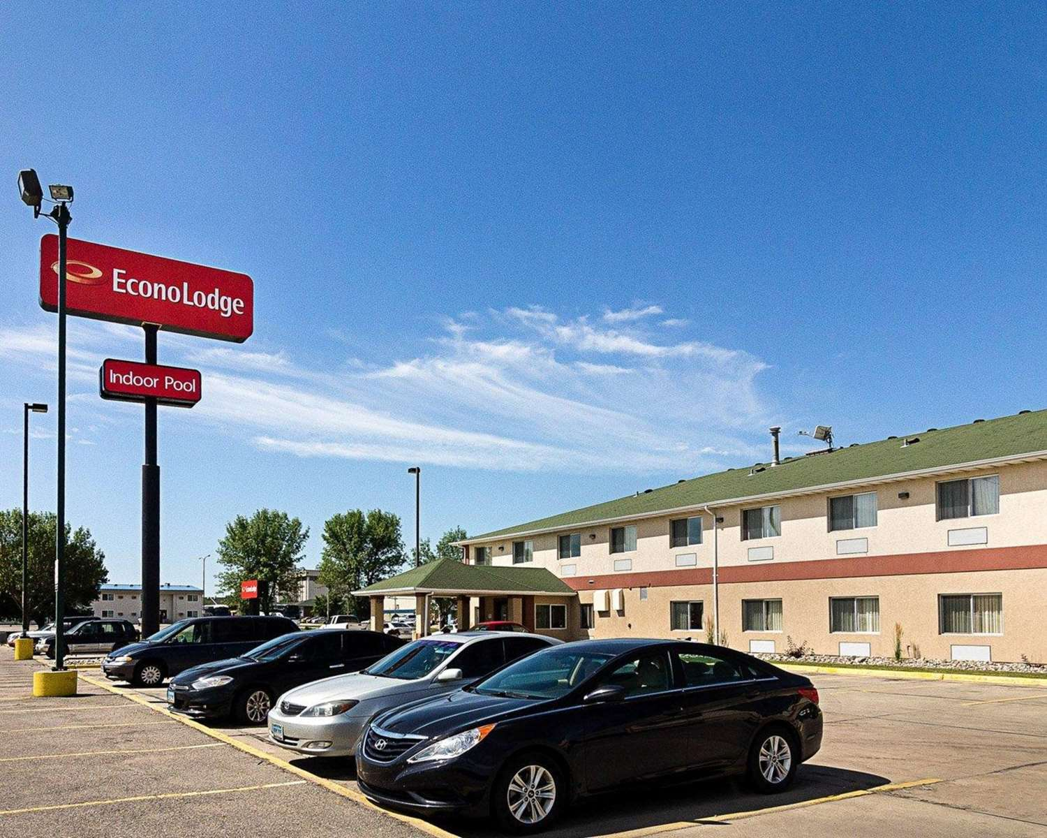 ... Exterior view - Econo Lodge West Fargo