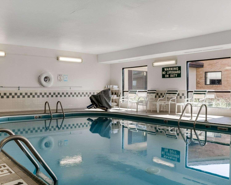 Pool - Comfort Inn Jamestown