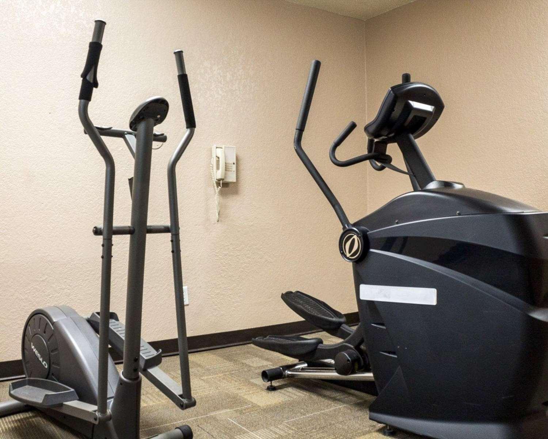 Fitness/ Exercise Room - Rodeway Inn Fargo