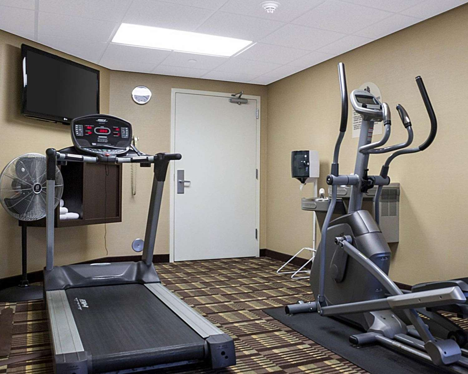 Fitness/ Exercise Room - MainStay Suites Bismarck