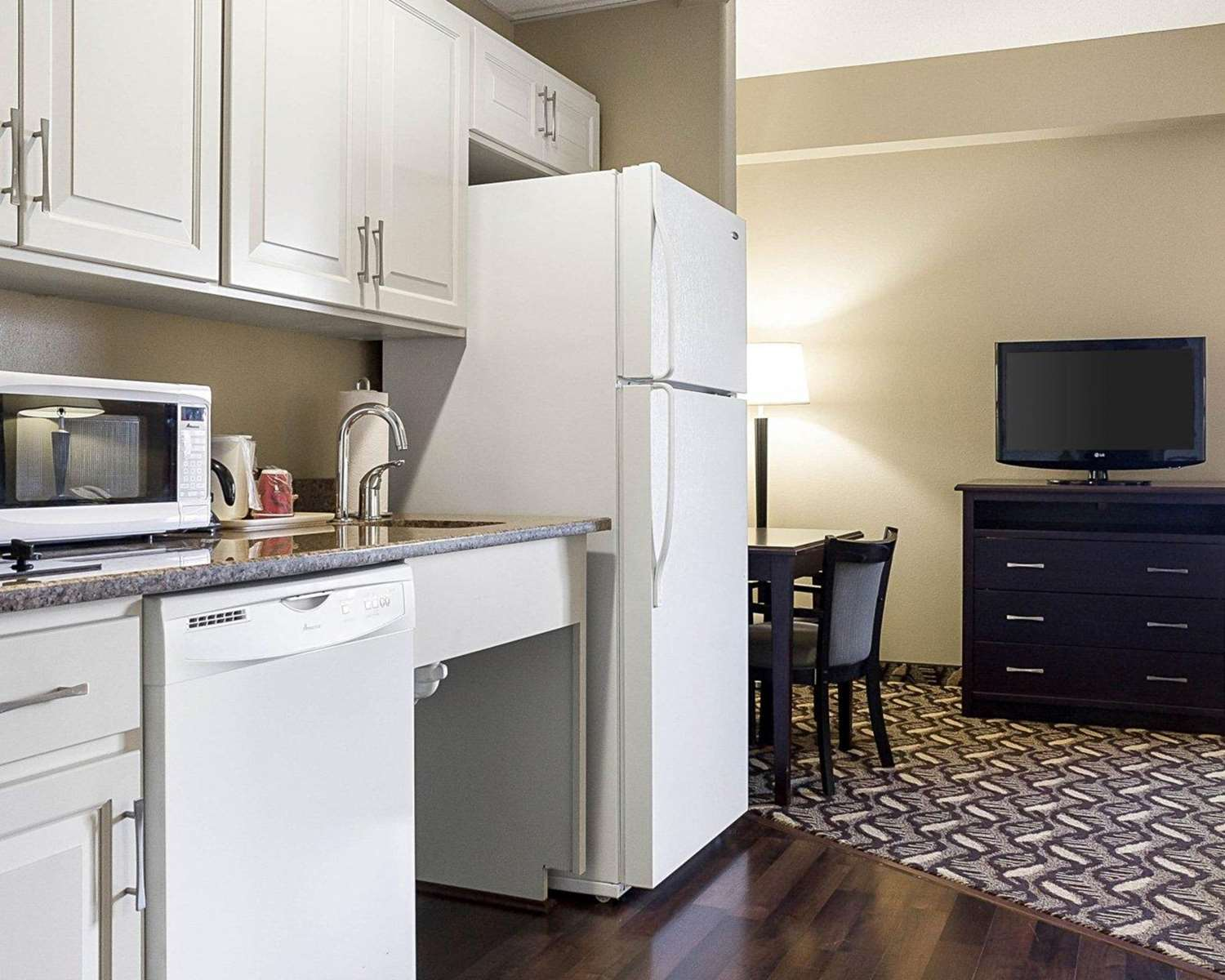 Suite - MainStay Suites Bismarck