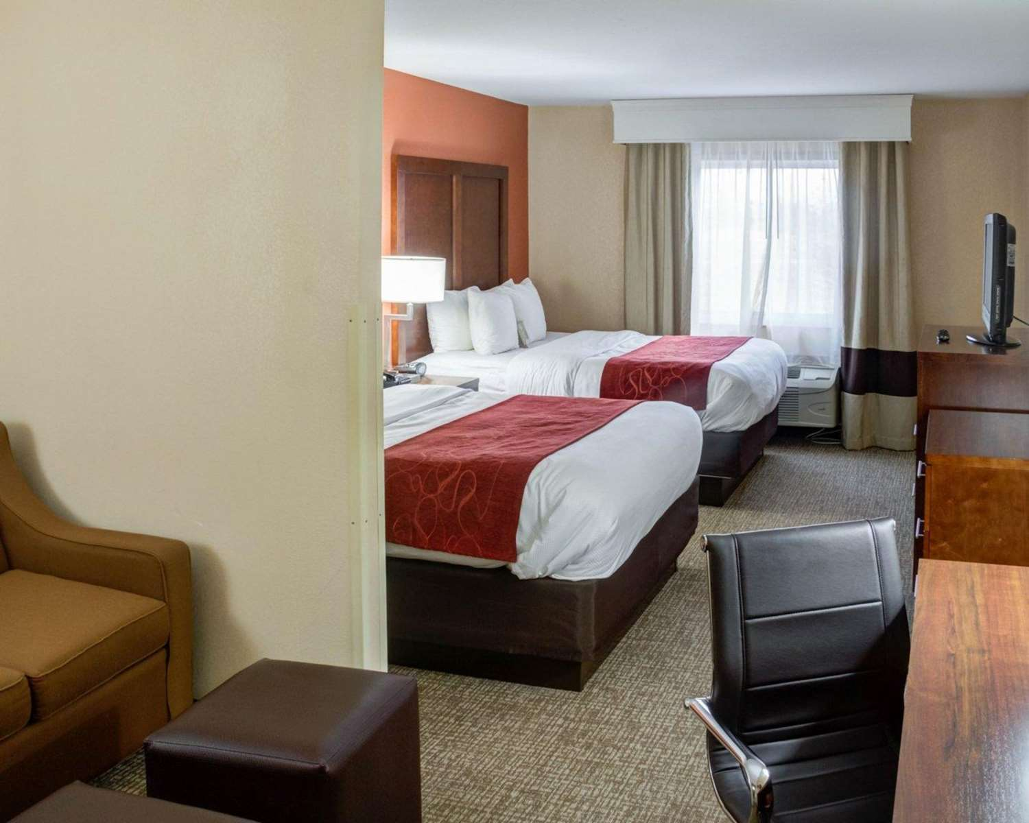 Room - Comfort Suites Omaha