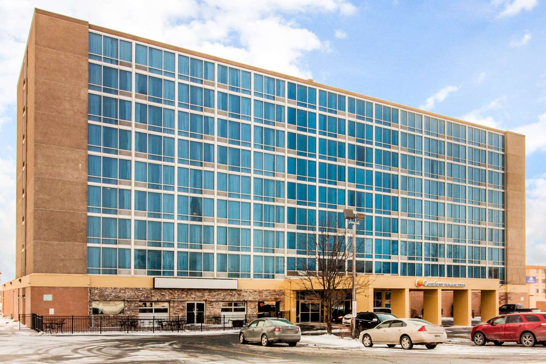 Exterior view - Comfort Inn & Suites Omaha