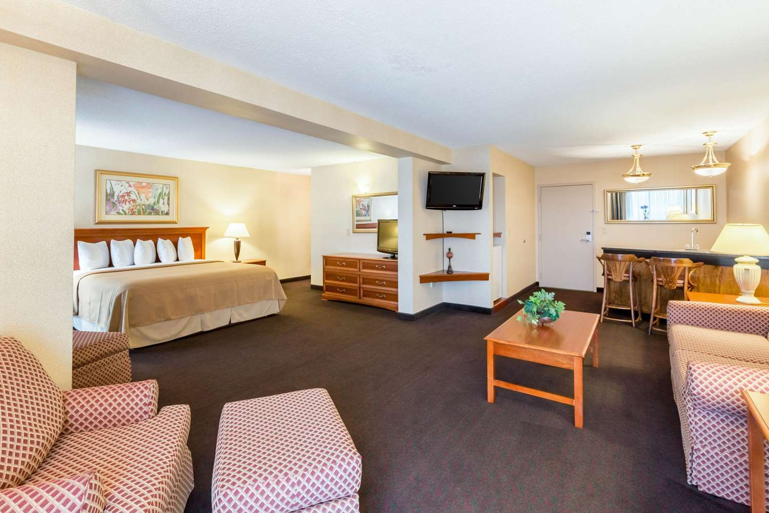Suite - Quality Inn & Conference Center Grand Island