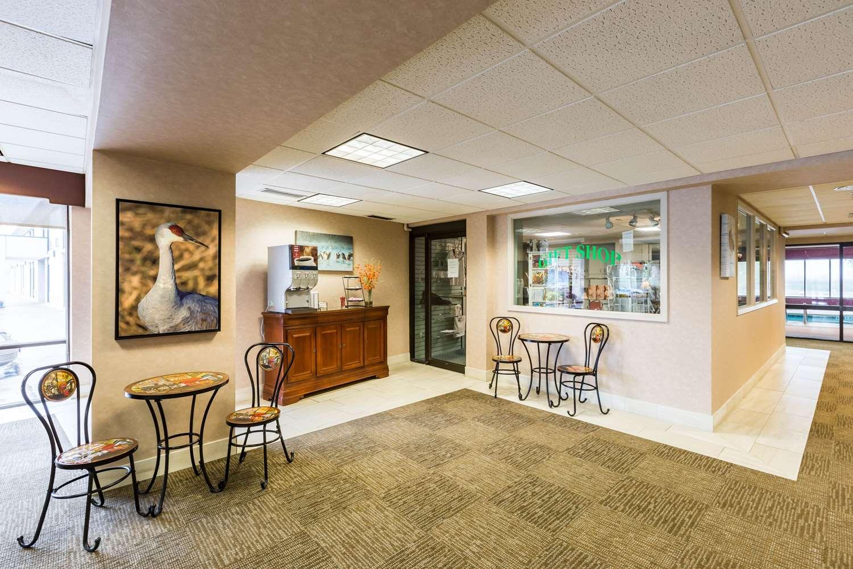Lobby - Quality Inn & Conference Center Grand Island
