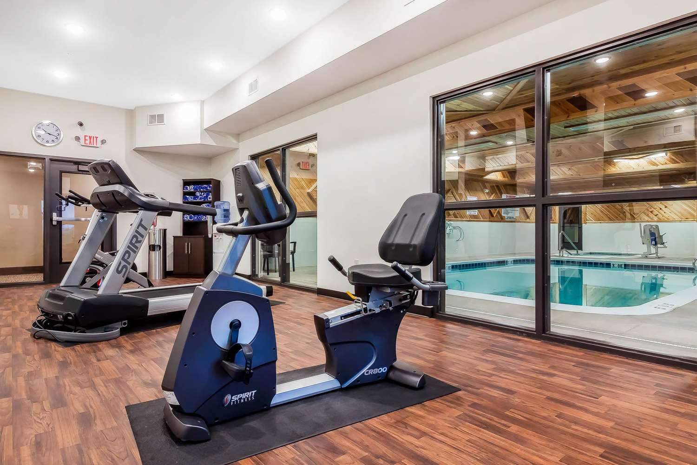 Fitness/ Exercise Room - Comfort Suites La Vista
