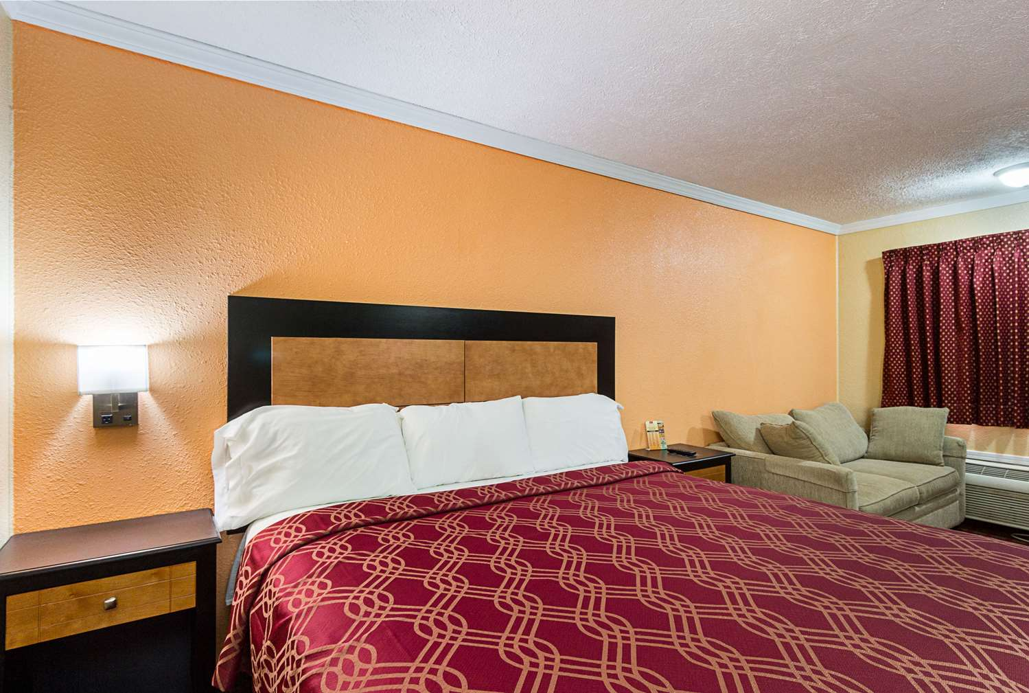 Room - Rodeway Inn West Dodge Omaha