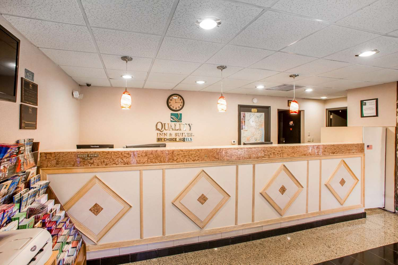 Lobby - Quality Inn & Suites Millville