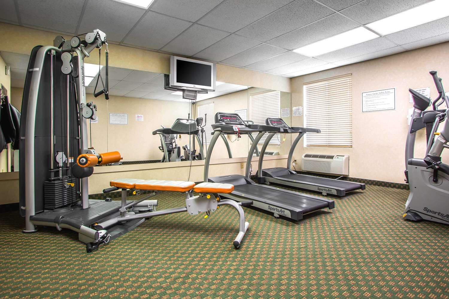 Fitness/ Exercise Room - Clarion Hotel & Conference Center Toms River