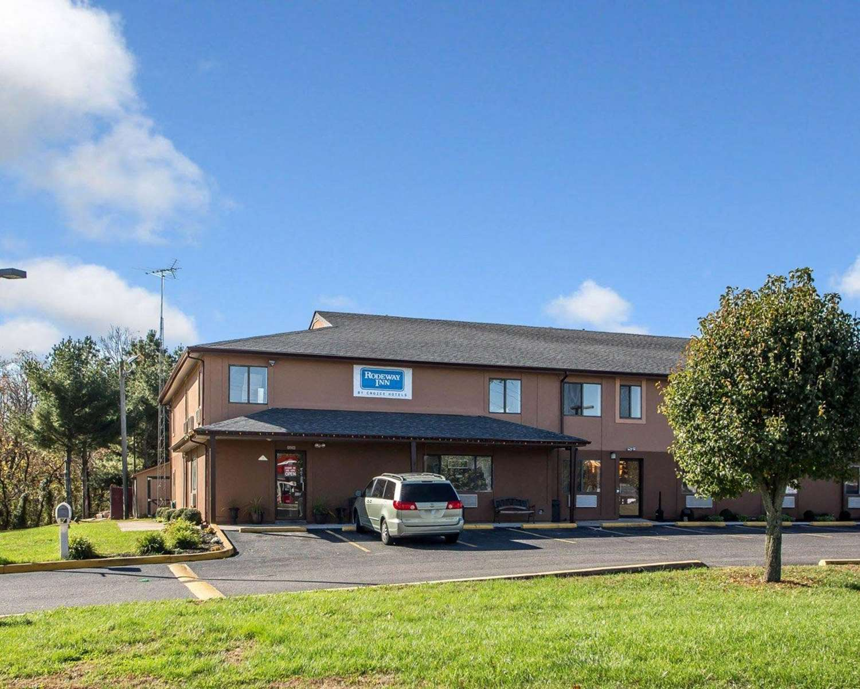 Exterior view - Rodeway Inn & Suites Buena