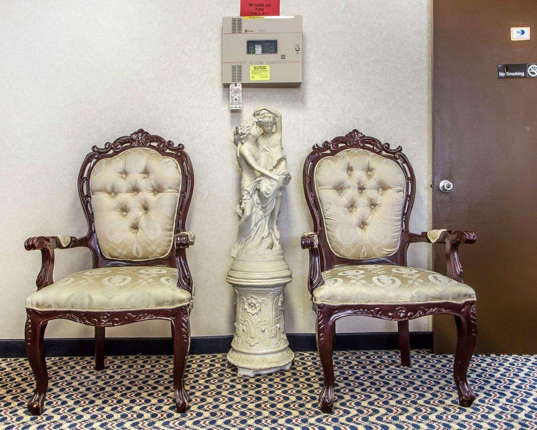 Lobby - Rodeway Inn & Suites Buena