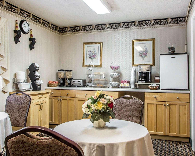 Restaurant - Rodeway Inn & Suites Buena