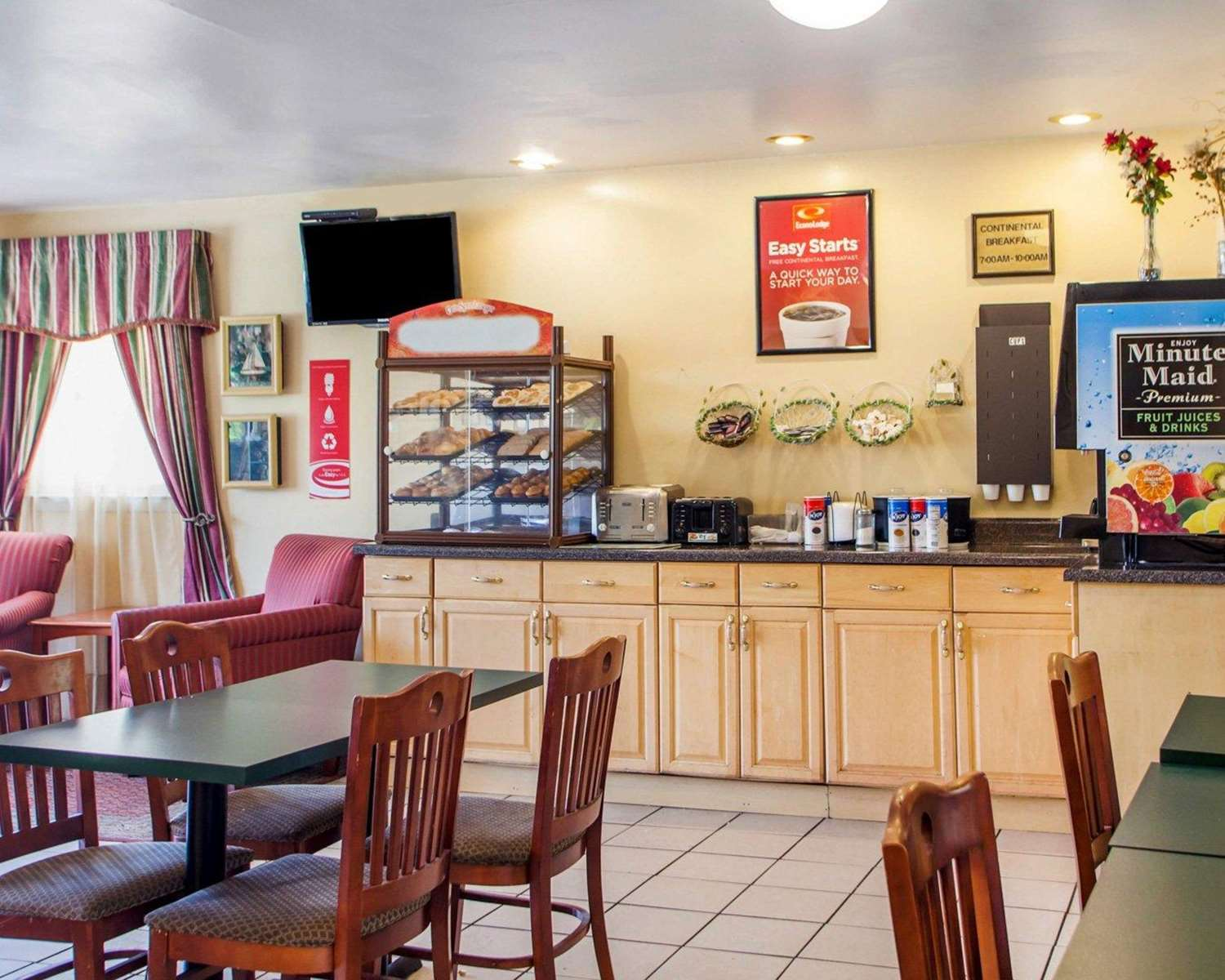 Restaurant - Econo Lodge Somers Point