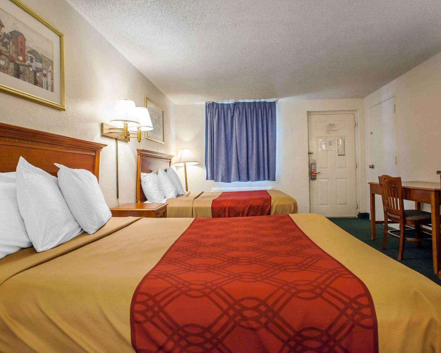 Room - Econo Lodge Somers Point