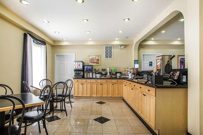 Restaurant - Quality Inn Pleasantville