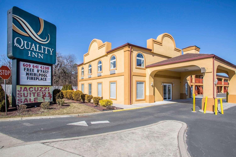 Exterior view - Quality Inn Pleasantville