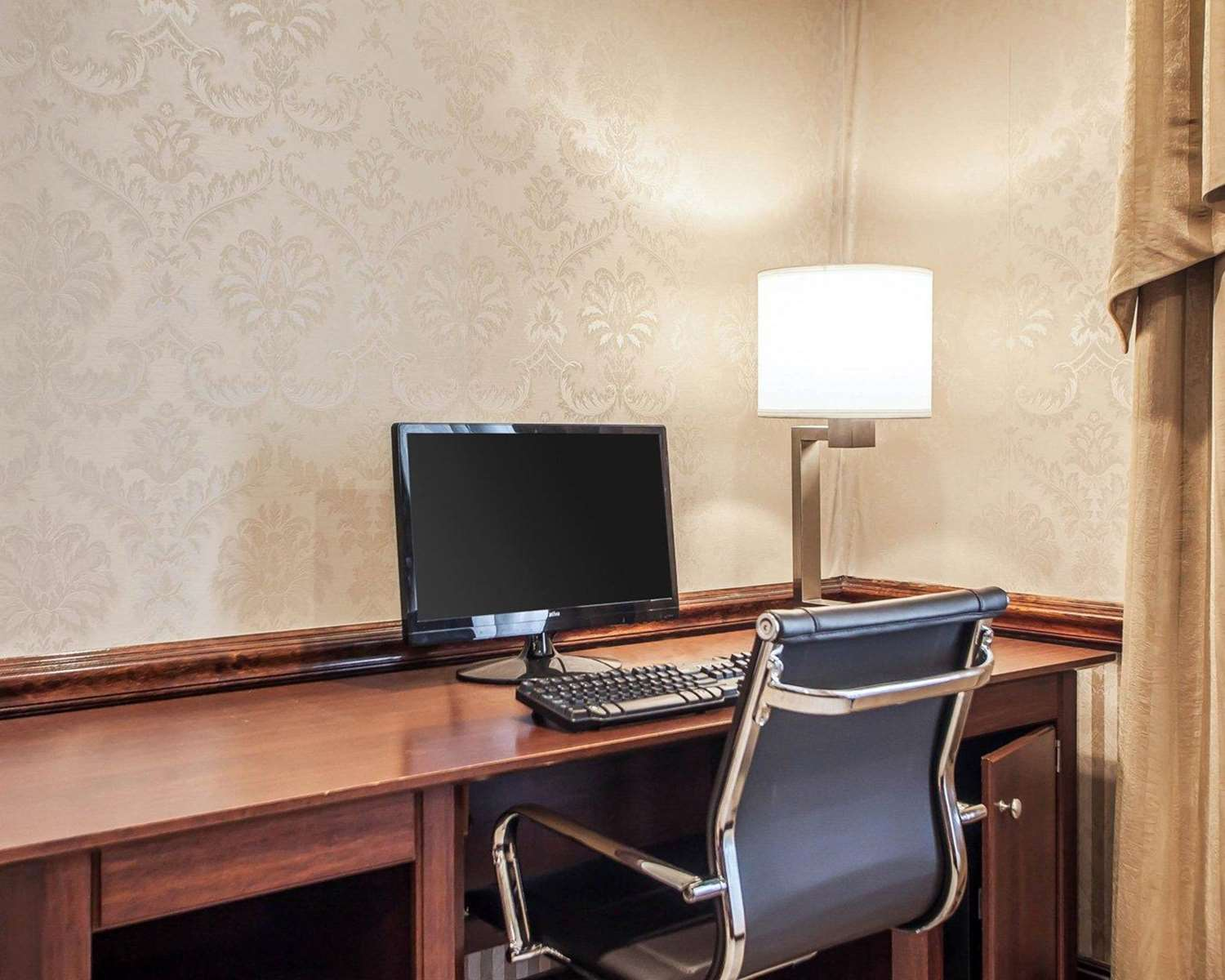 Conference Area - Comfort Inn & Suites Carneys Point