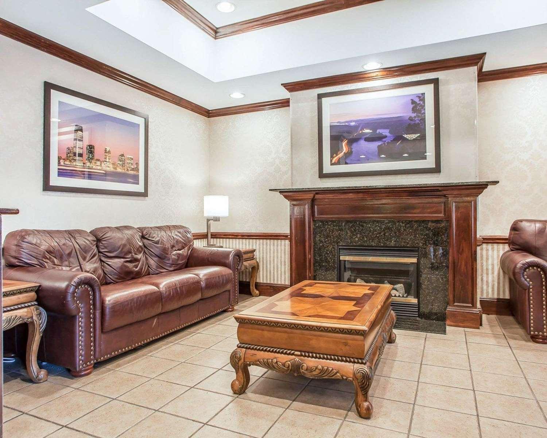 Lobby - Comfort Inn & Suites Carneys Point