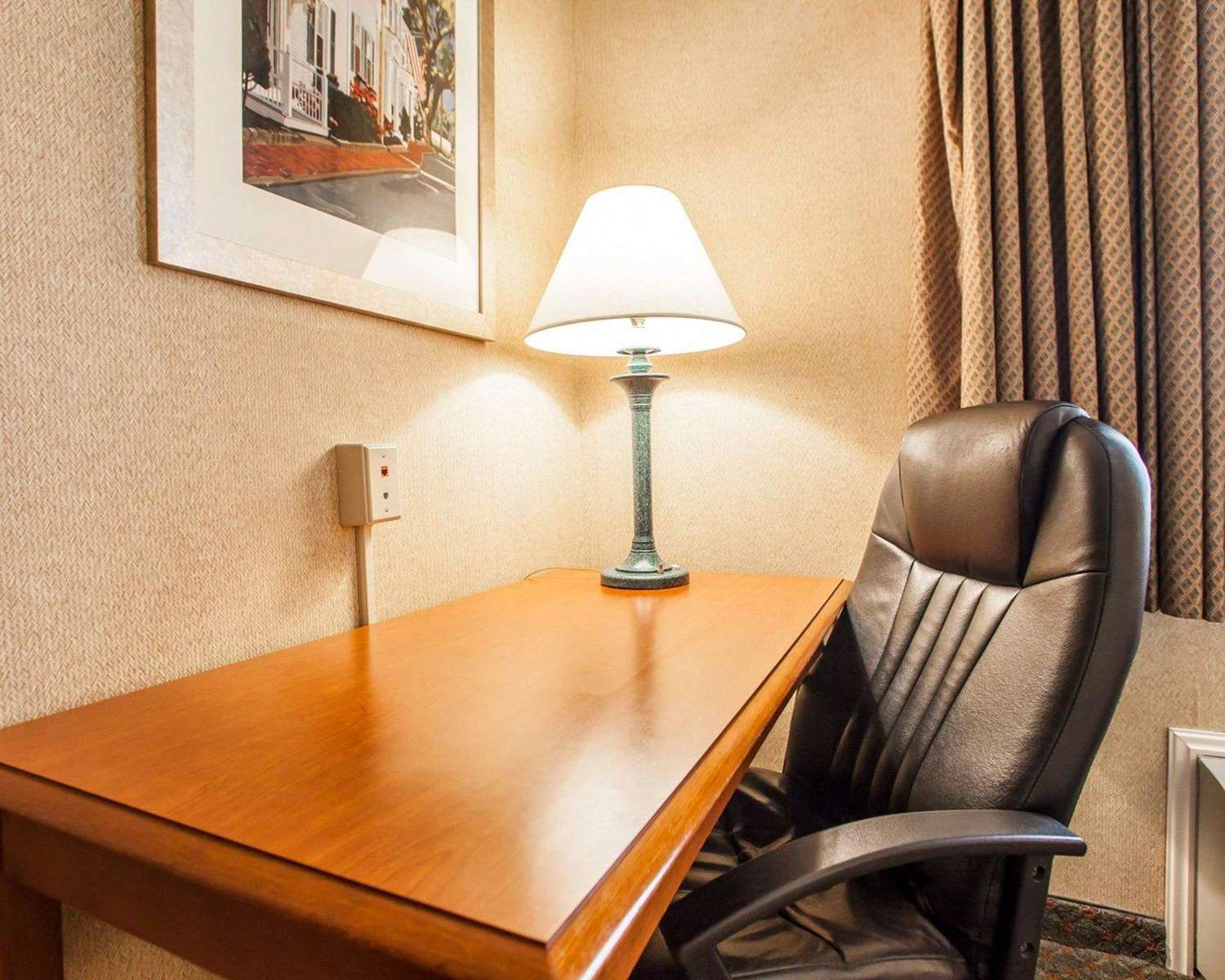 Room - Quality Inn Cookstown