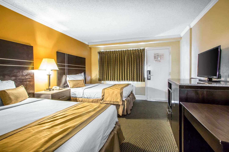 Room - Rodeway Inn Downtown Atlantic City