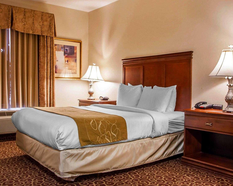 Suite - Comfort Suites East Brunswick