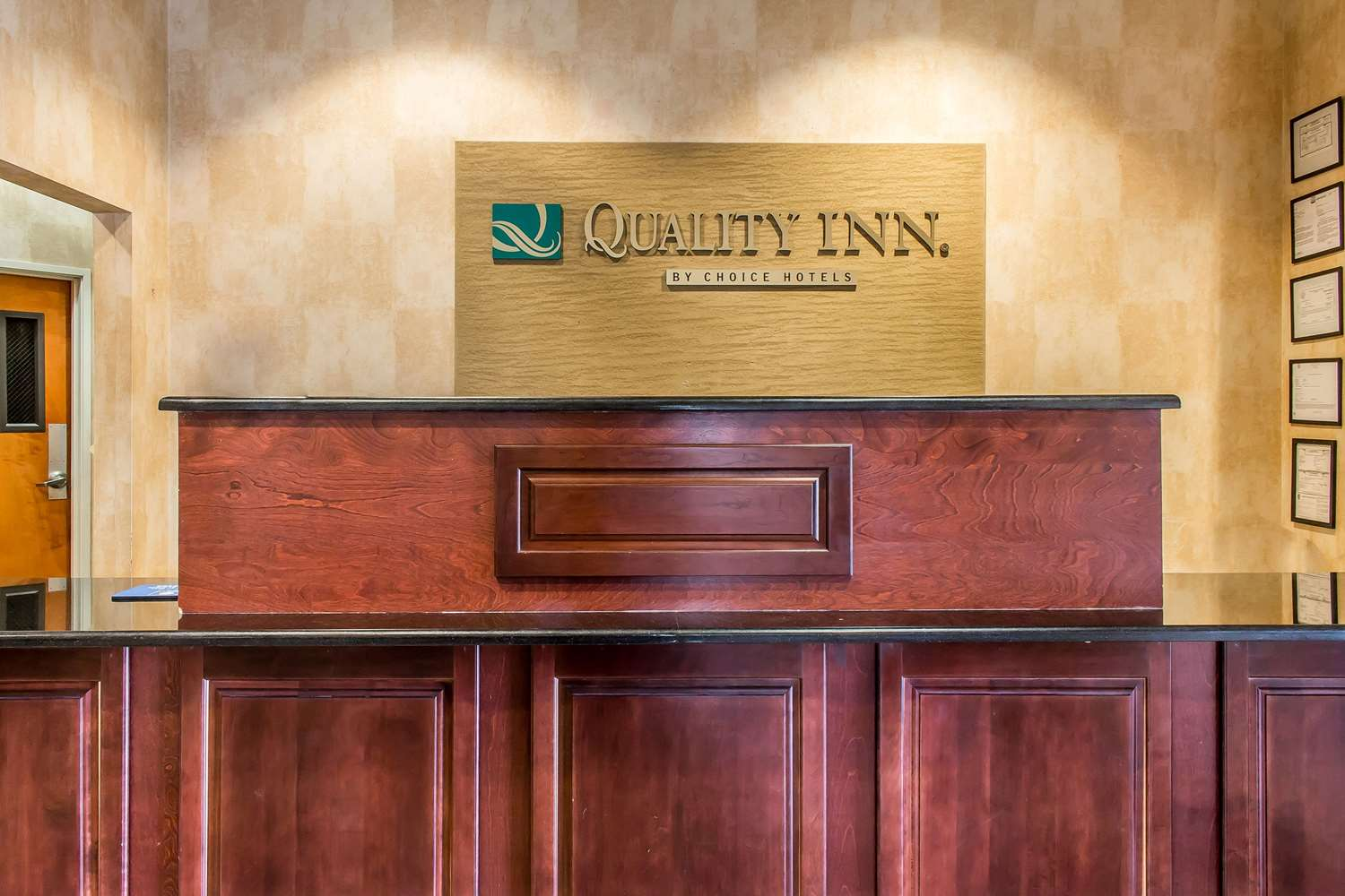 Lobby - Quality Inn Hackettstown