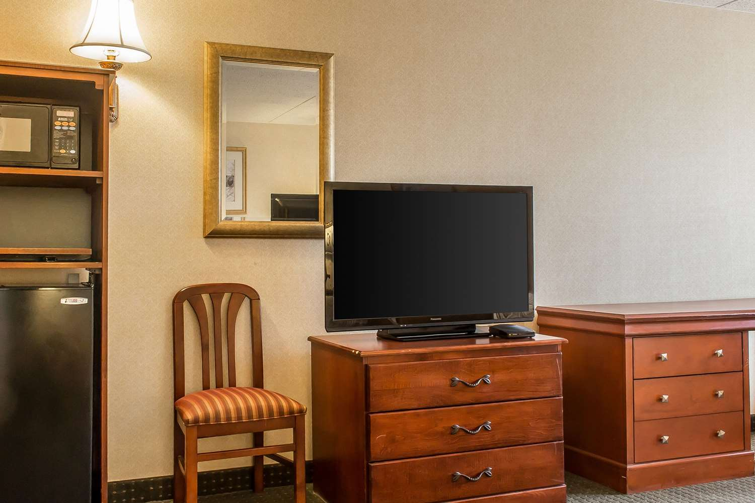 Suite - Quality Inn Hackettstown
